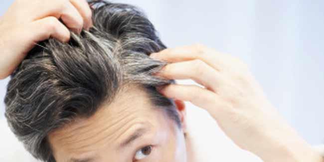 soin de ses cheveux blancs