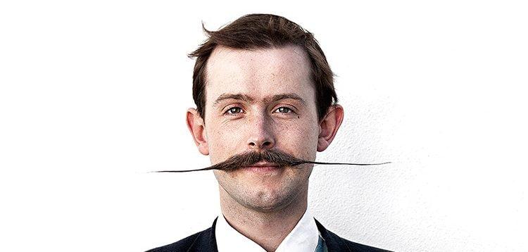 moustache à l'anglaise